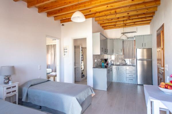 1-upstair-apartment-in-skala5C340111-B6AD-79DD-400A-D26D44852A57.jpg