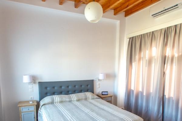 3-upstair-apartment-in-skala0B9E6A33-E0FD-9B85-6A4E-82001E0E773B.jpg